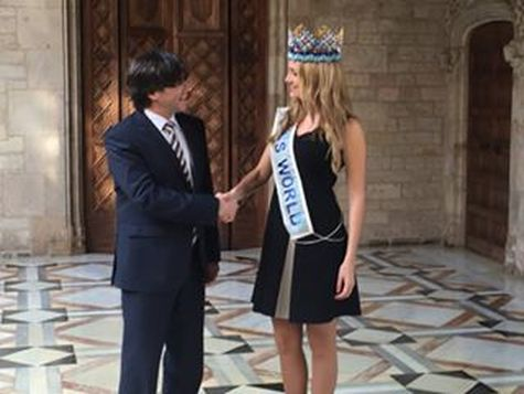 Miss World 2015, Mireia Lalaguna with Catalonia President Carles Puigdemont.